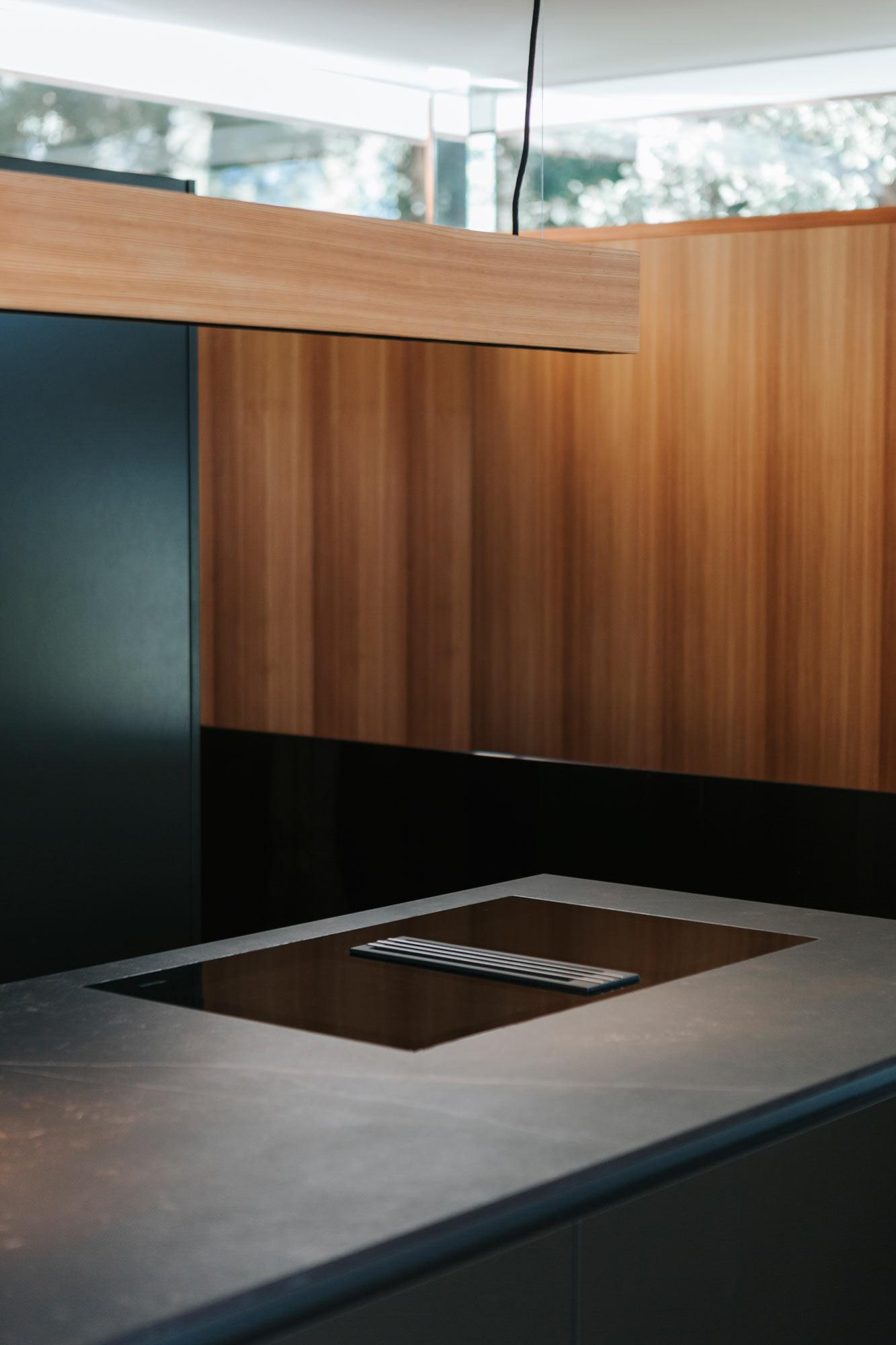 Bootshaus Küche Arbeitsplatte, Dunstabzug von Bora