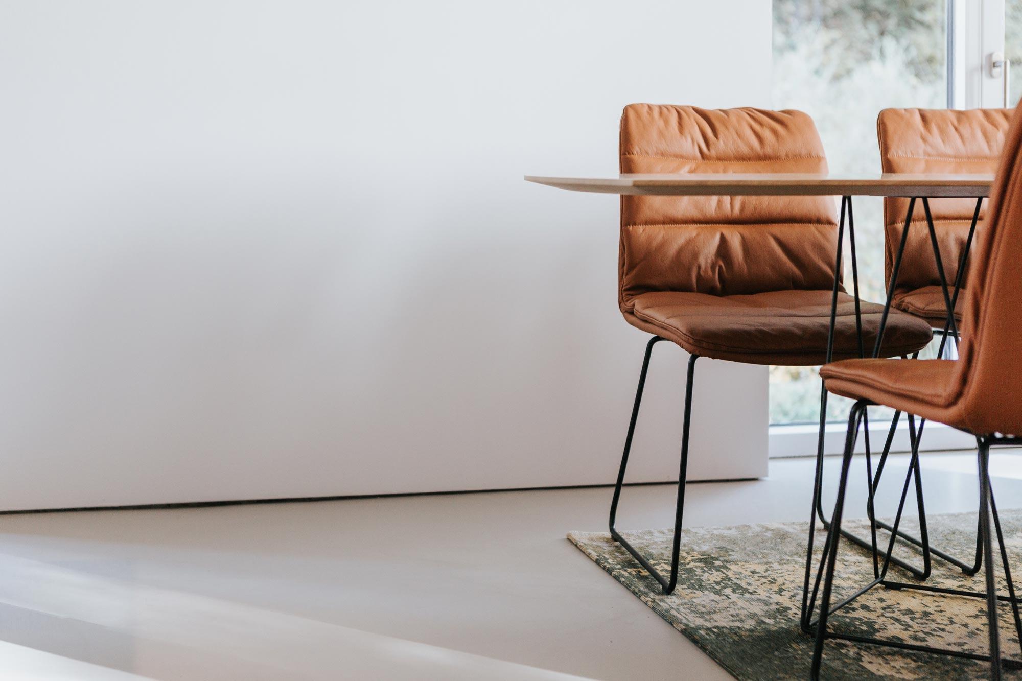 Essplatz Stühle und Tisch von Walter Knoll