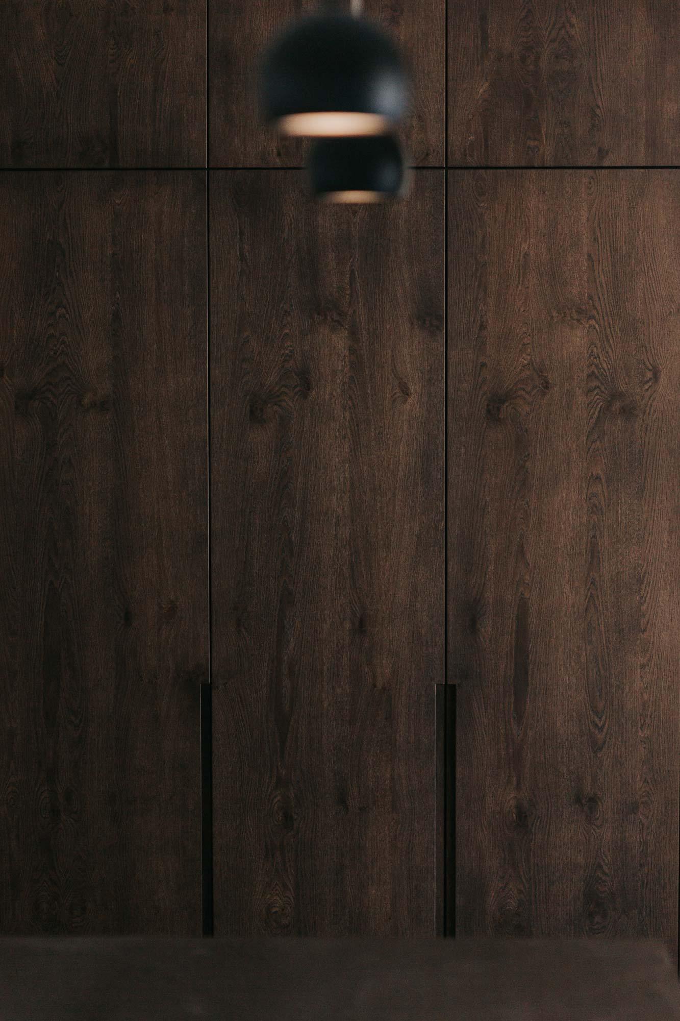 Wandverbau B Garderobe und Stauraum, Blick von Küche